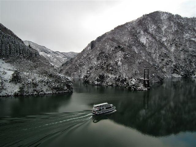冬の庄川峡 (2)