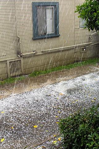 320px-Hail_storm_2.jpg