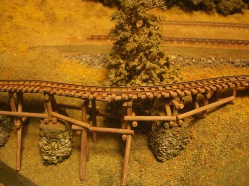 ナロー 森林鉄道 木組み陸橋 1