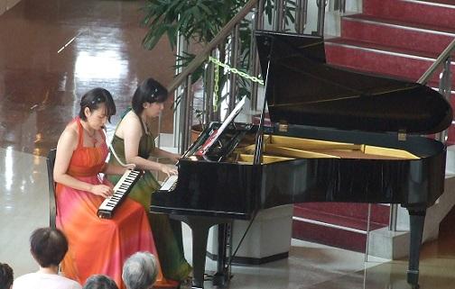 ランチタイムコンサート (メロディカとピアノデュオ)