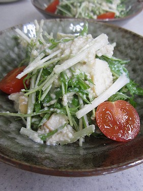 20140114水菜とかまぼこの白和え (1)