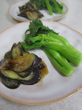 20140207菜の花蒸し、茄子とろとろ炒め