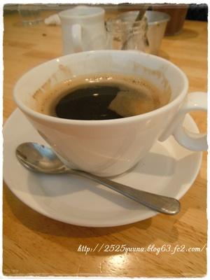 F20120825takcafe05
