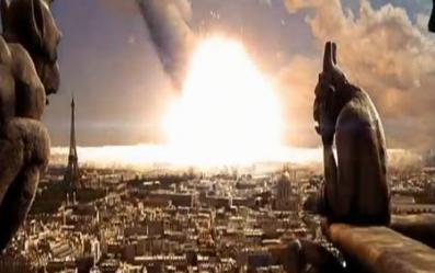 パリに隕石
