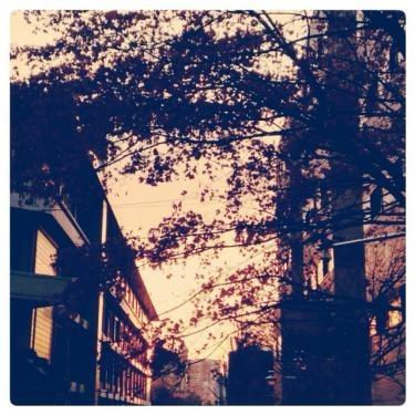 梨花大学からの帰り道。キレイなオレンジ空でした。