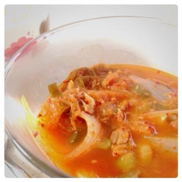 キムチチゲ。家庭のやさしい味が出ていました^^