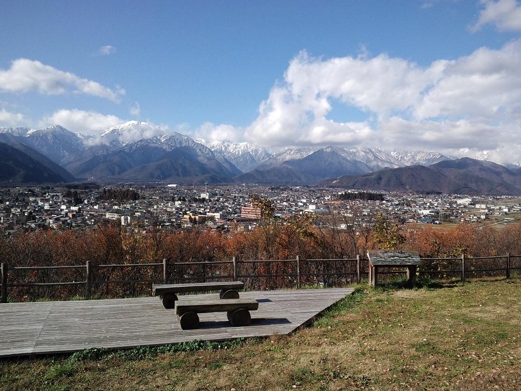 八坂2-22大町の向こうの飛騨山脈