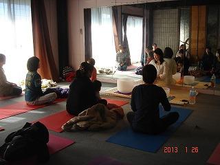 2013.01.26 yogacrystal3