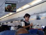 2012/11/24朝スナック PR848便(セブ-マニラ)にて
