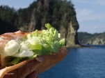 船上で食べるランチは実はお手製(^_^;)(2014/1/2 ワシントンビーチ)