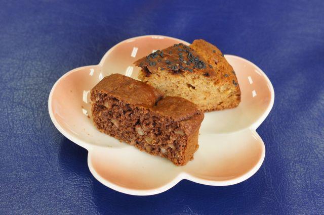 ごぼうとココアのケーキ 玄米甘酒のケーキ