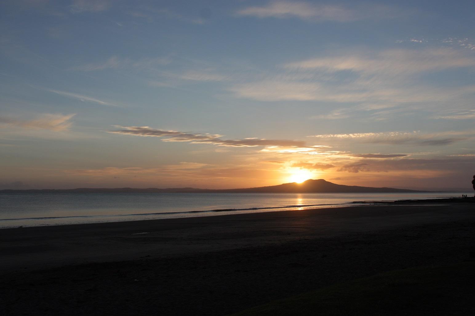 sunrise20130101.jpg