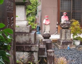 乗円寺と地蔵