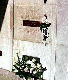 マリリンモンローの墓