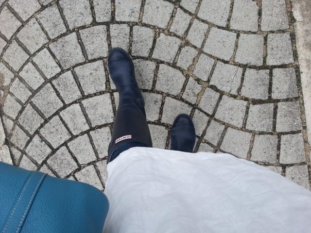 2012ボローニャ絵本原画展長靴.②