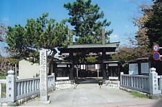 行興寺・正面