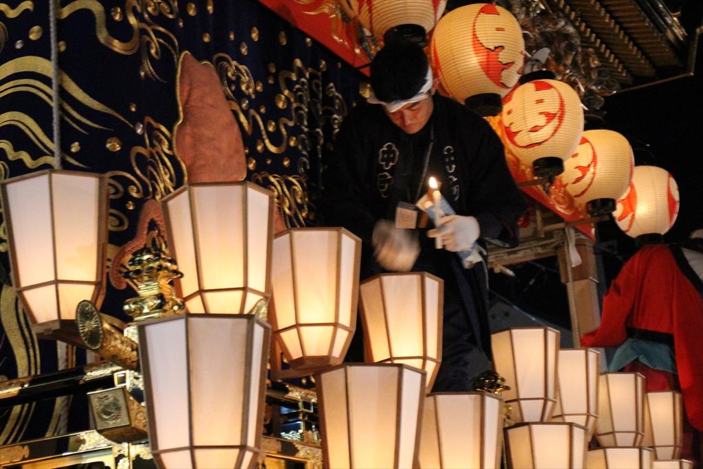 屋台上でも蝋燭の補給が_4