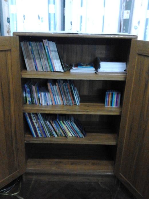 小さな図書室100プロジェクト!が始まりました②