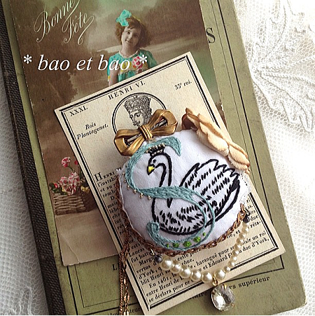 embroidery brooch swan
