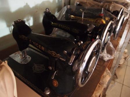 Sewing Machine3