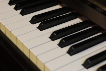ピアノ_800