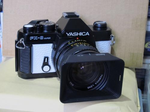 YASHICA FX-3 SUPER 5 (YASHICA DSB 28mm F2.8)