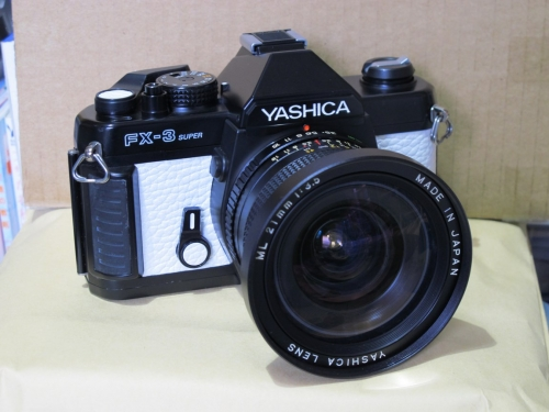 YASHICA FX-3 SUPER 4 (YASHICA ML 21mm F3.5)