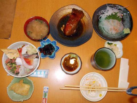 チラシ鮨ランチセット