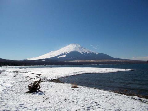 051山中湖の富士5