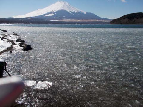 038山中湖の富士4