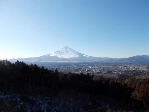 065乙女峠登り口の富士山
