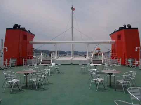 091フェリー甲板