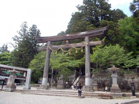 040戸隠神社