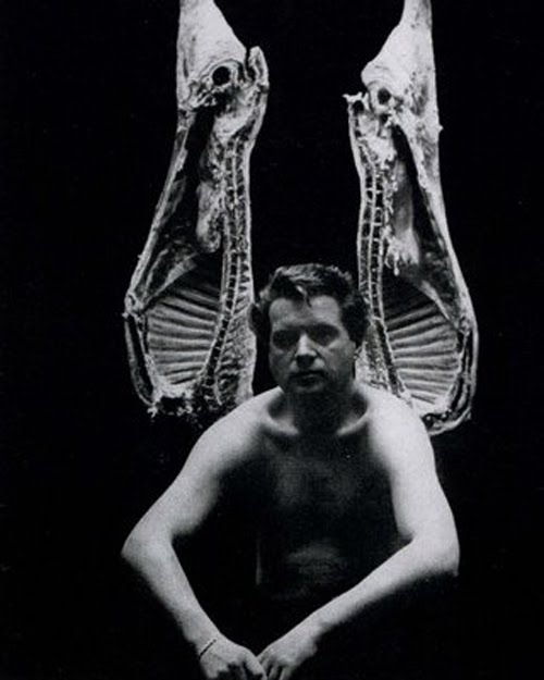 フランシス・ベーコン_肉_Francis_Bacon_John_Deakin_Vogue_1962
