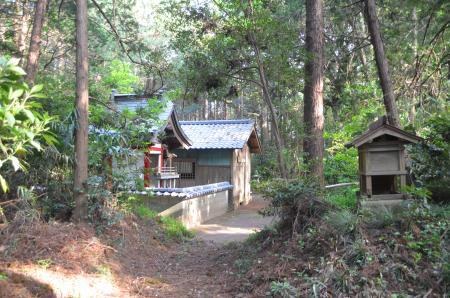 20130427麻賀多神社 大篠塚13