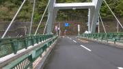 「三頭橋」の先のT字路【45】