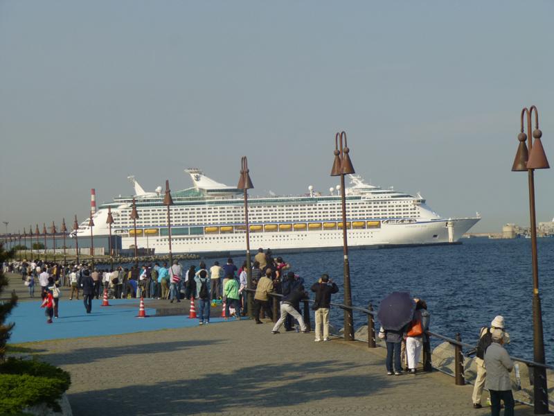 もう貨物船みたいな大きさじゃないですか…