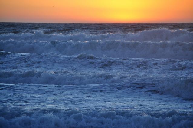 波が逆立-03