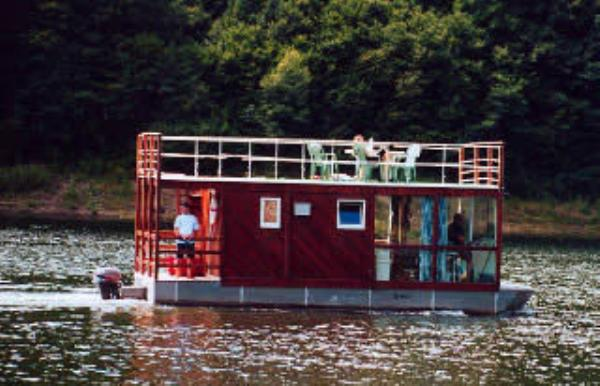 Do It Yourself Building Plans: Do-It-Yourself Houseboat Plans