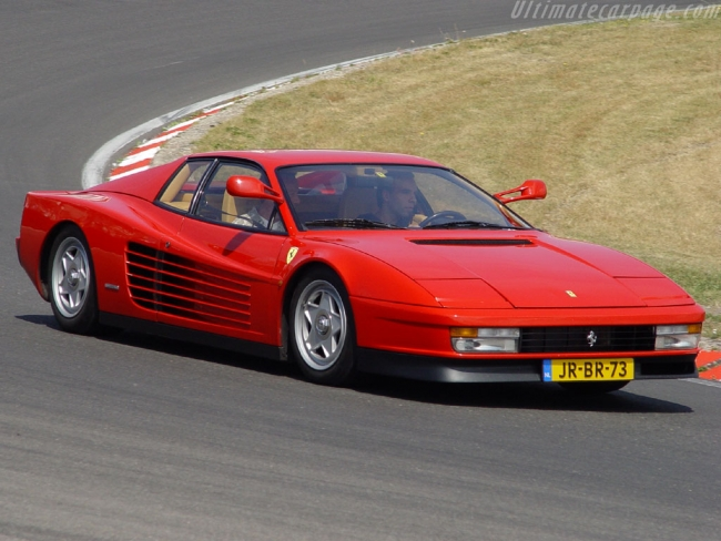 Ferrari-Testarossa_1.jpg