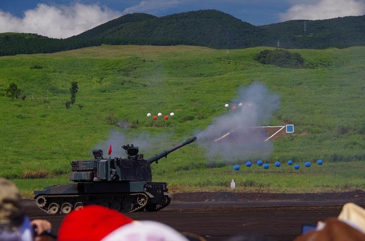 99式155mm自走りゅう弾砲