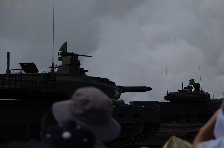 10式戦車隊