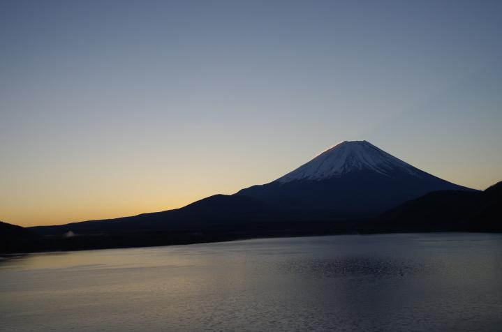日の出06:30