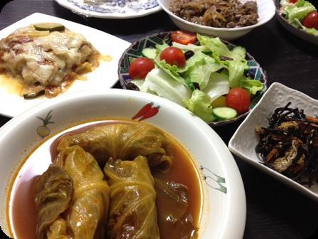 ロールキャベツ+ひじき+ラザニア+グリーンサラダ+牛肉の煮もの