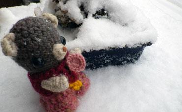 雪とりっちゃん。