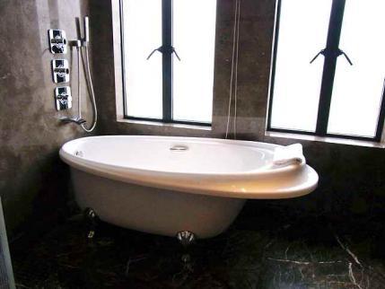 12-6-8-2 ホテル日本室バスルーム