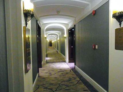 12-6-8-2 ホテル廊下