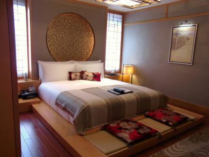 12-6-8-2 ホテル日本室ベット