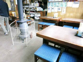 2013-12-13駅 店内