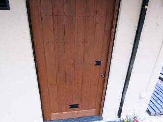 14-1-9 店ドア